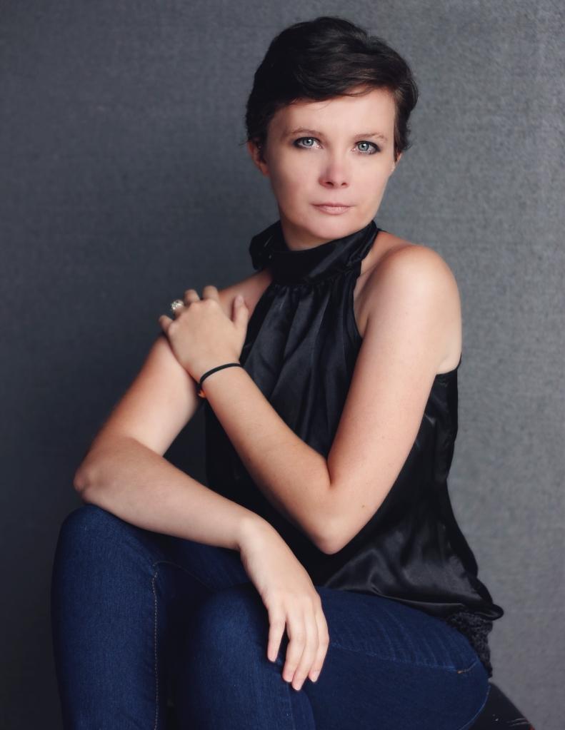 Kristen 7751 full jpg glamour photographer studio