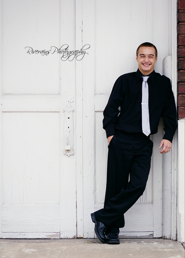 Matthew 2 senior portraits michigan