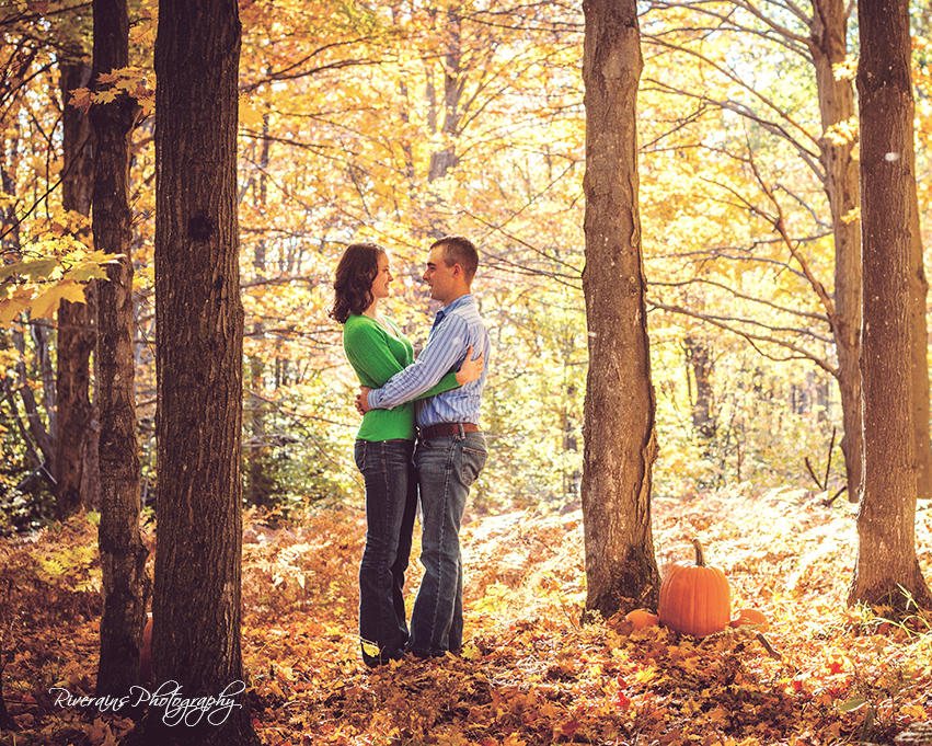 sweet couple fall pictures