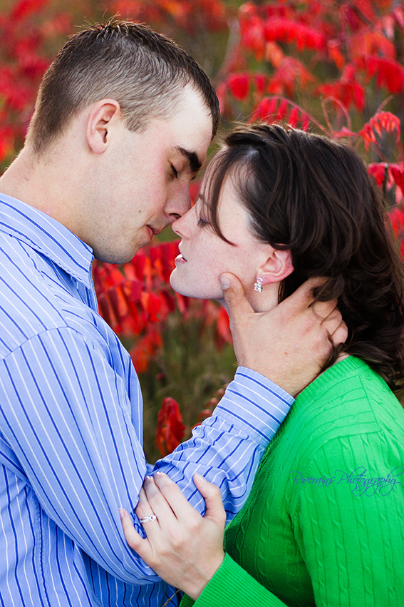 sweet engagement pictures northern michigan